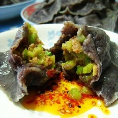西芹猪肉紫米水饺