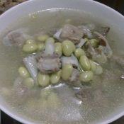 鲜黄豆排骨汤