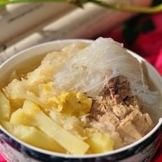 排骨土豆炖酸菜