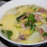 土豆白菜焖排骨