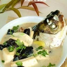 木耳豆腐鱼头汤