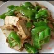 素鸡豆腐炒尖椒