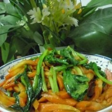 菠菜炒胡萝卜