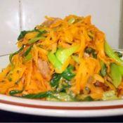 胡萝卜青菜炒肉丝
