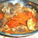 胡萝卜炒鸡腿肉