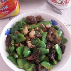 青椒木耳炒肉