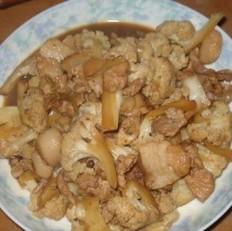 肉片炖菜花