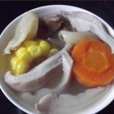 花胶猪肚玉米汤