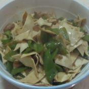 尖椒炒豆片
