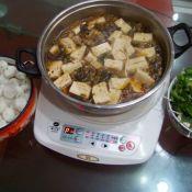酸菜鱼骨火锅