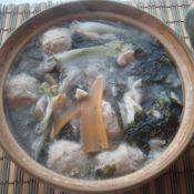 紫菜丸子砂锅煲