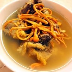 虫草花猪骨汤