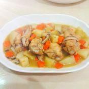 土豆香菇炒鸡翅根