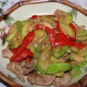 红辣椒猪肉炒西葫芦