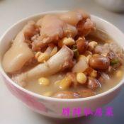 黄豆花生猪蹄煲