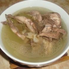 鸽子炖洋参汤