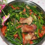 辣椒烤肉炒韭菜花