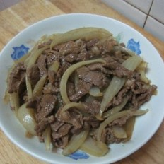 圆葱炒牛肉