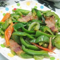 腊肉炒柿子椒