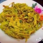 肉炒黄花菜
