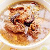 香菇黄花菜炖鸡