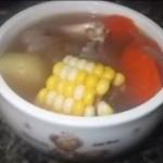 番茄玉米牛骨汤