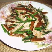 韭菜花香干炒肉丝