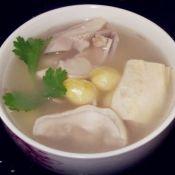白果腐竹胡椒煲猪肚汤