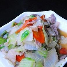 五花肉炒白菜片