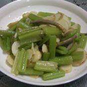 茨菰炒芹菜