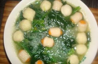 菠菜粉丝丸子煲的做法