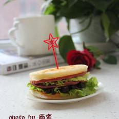 香菇酱火腿三明治