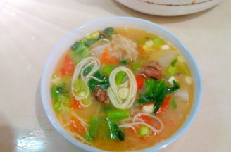茄香芥菜高汤煮面的做法