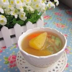 雪莲果红萝卜猪骨汤