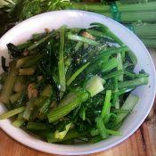 菇香芹菜叶