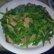 青椒苋菜梗炒肉丝