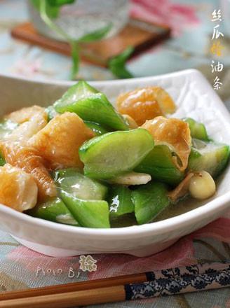 丝瓜烩油条的做法