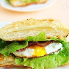 飞饼版培根鸡蛋汉堡