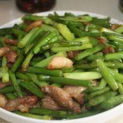 鲜肉炒蒜苔