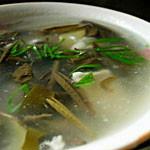 莼菜汆塘鱼片
