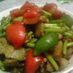青红椒蒜薹炒肉