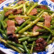 蚝油蒜苗炒熏肉