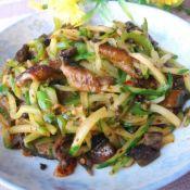 酸菜黄瓜炒鳝片