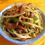 黄豆芽炒肉丝