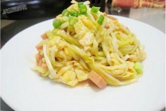 午餐肉鸡蛋炒韭黄的做法
