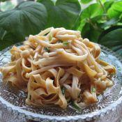 凉拌金针菇百叶丝