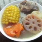 莲藕马蹄玉米胡萝卜猪骨汤