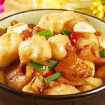 油豆腐燒排骨