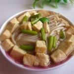 金针菇炖豆腐