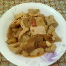 冻豆腐烧肉